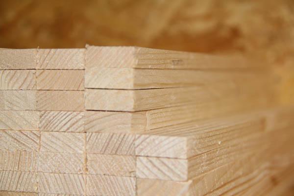 träförädling